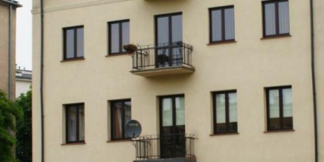 nowe-okna-kamienica-warszawa