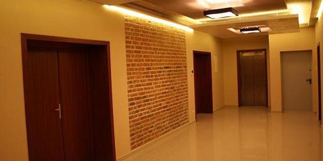 odnowiona-kamienica-budynek